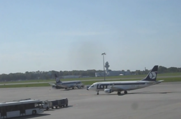 warsaw airport